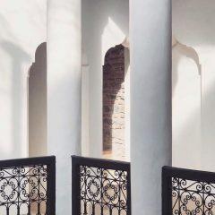 riad-42-marrakech-maroc-detail-colonnes